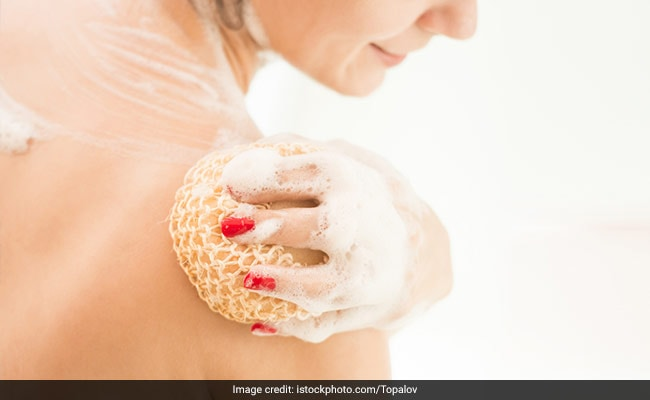 6 Shower Gels That Smell So Good You Won't Want To Get Out Of The Bath