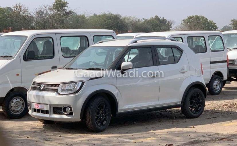 2019 मॉडल कार को हाल में डीलरशिप के यार्ड में स्पॉट किया गया है