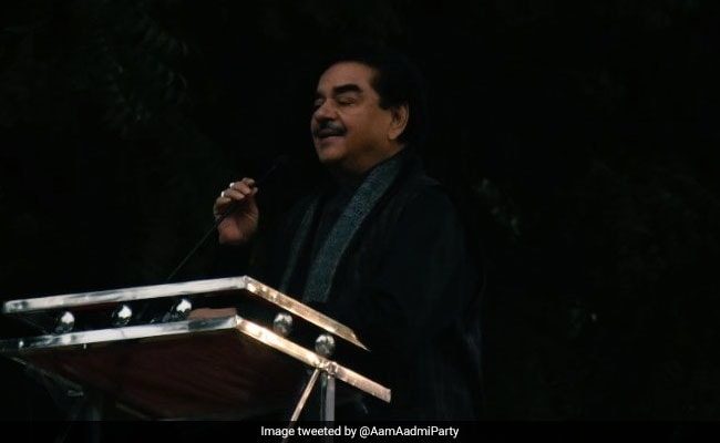 BJP's Shatrughan Sinha Takes Swipe At PM Modi On Rafale At Opposition Rally