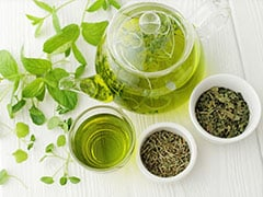 Benefits Of Green Tea For Skin: Beauty Hacks And Skin Problems This Natural Formula Can Help With