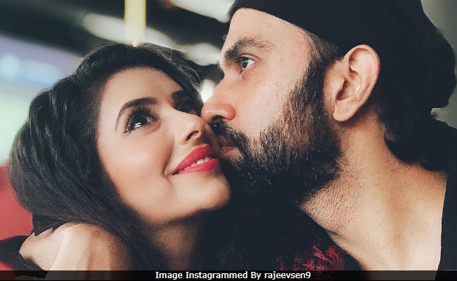 Sushmita Sen's Brother Rajeev Is Reportedly Dating This TV Actress. See His Birthday Post For Her