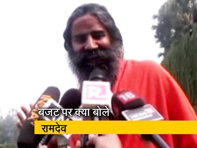 Video : बजट पर क्या बोले रामदेव, पासवान और परेश रावल?