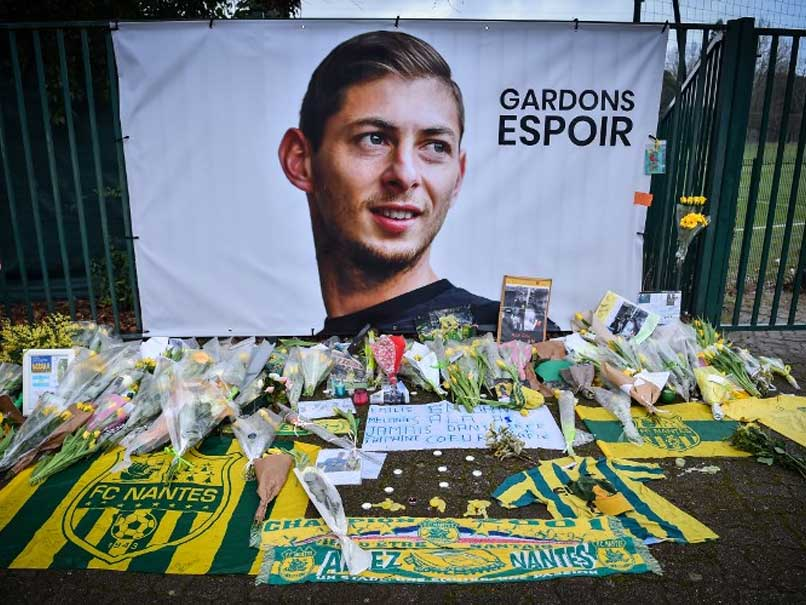 UK Rescuers Launch Bid To Recover Body From Emiliano Sala