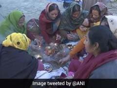 On <i>Maghi Purnima</i>, Lakhs Of Devotees At Kumbh Take Holy Bath