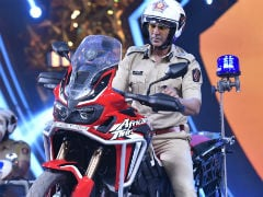 Akshay Kumar's <i>Sooryavanshi</i> Is Not A Remake Of Tamil Film, Clarifies Director