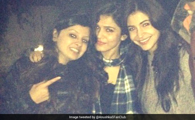 Anushka Sharma And Sakshi Dhoni Are Trending Because Of These Old Is Gold Pics