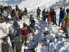 7 Dead, 3 Rescued After Avalanche In Jammu And Kashmir's Kulgam