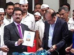 मुंबई : बीएमसी का 30 हजार करोड़ का चुनावी बजट पेश, कोई नया टैक्स नहीं