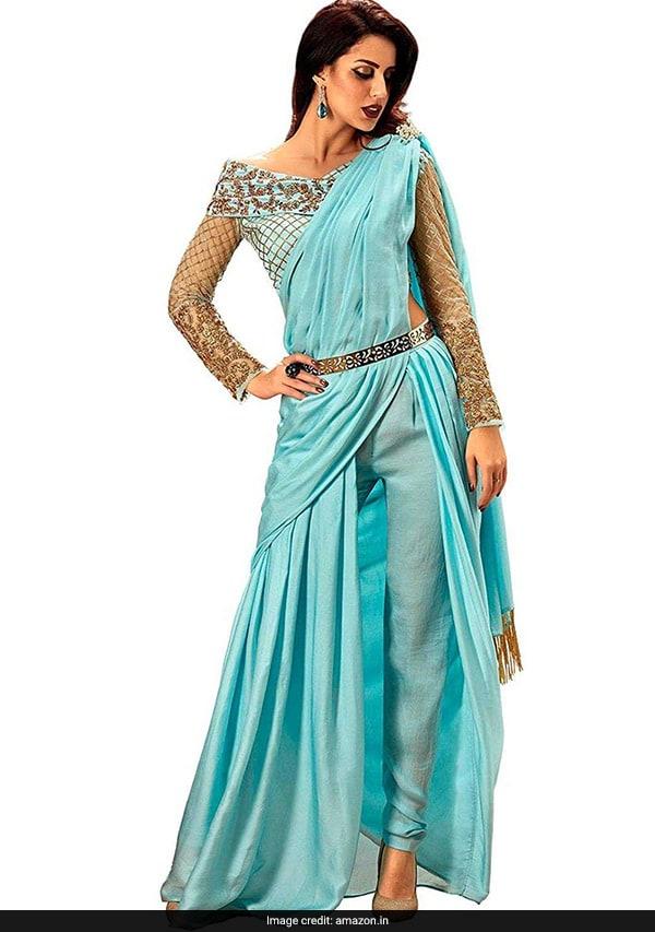Give Your Saree A Fashionable Fusion Twist Like Sara Ali KhanSara Khan In Saree