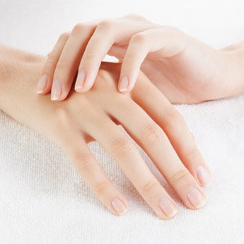 5 Grooming Tools For Healthy, Shiny Nails At Home