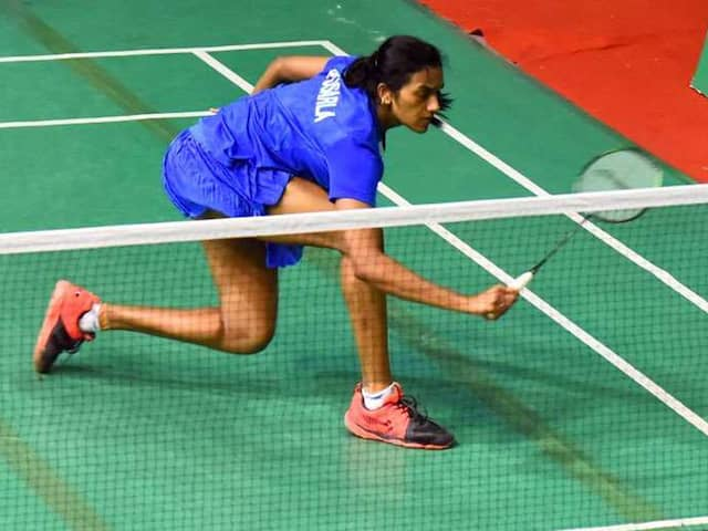 Badminton: PV Sindhu reaches in to Semi final of  senior national Championship
