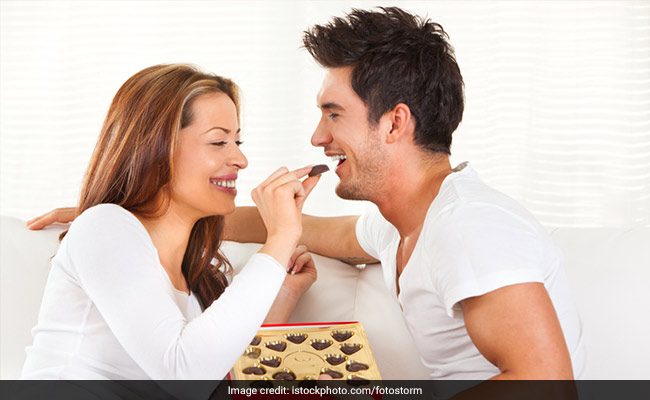 Chocolate Day Messages That Will Cheer Up Your Friends And Valentine