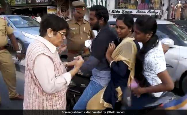 'Where's Your Helmet?' Kiran Bedi Turns Traffic Cop, Stops Motorists