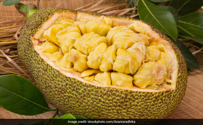 Jackfruit Nutrition: Use This Protein-Rich Desi Fruit As A Vegan Meat Alternative (5 Vegan Jackfruit Recipes)