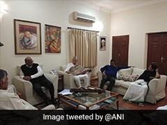 रंग लाएगी महागठबंधन की कवायद? दिल्ली में शरद पवार के घर विपक्षी दलों की बैठक, राहुल, ममता और केजरीवाल भी शामिल