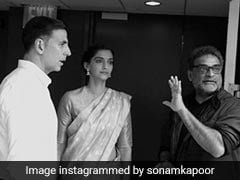 How Akshay Kumar, Sonam Kapoor And Twinkle Khanna Marked 1 Year Of <i>PadMan</i>