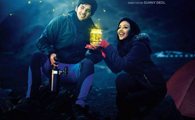 Pal Pal Dil Ke Paas First Look: Karan Deol's Bollywood Debut, As Presented By Dad Sunny Deol On Valentine's Day