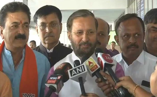 General Elections 2019: 'Congress Acting Like Fringe, Siding With Tukde-Tudke Gang', Says Prakash Javadekar