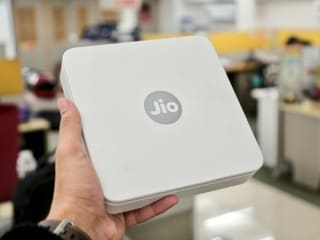 Reliance Jio Is Reportedly Testing a Triple Play Plan for GigaFiber Users