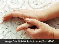 Rheumatoid Arthritis: Early Signs And Symptoms To Watch Out For