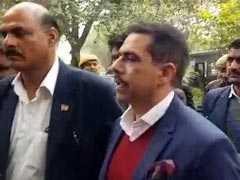मनी लांड्रिंग केस: कोर्ट पहुंचे रॉबर्ट वाड्रा, वकील ने कहा- जानबूझकर प्रताड़ित कर रहा है ईडी
