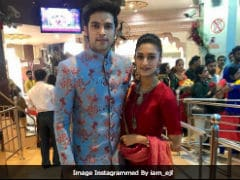 Trending Pics From <i>Kasautii Zindagii Kay</i> Stars Erica Fernandes And Parth Samthaan's Visit To Siddhivinayak Temple