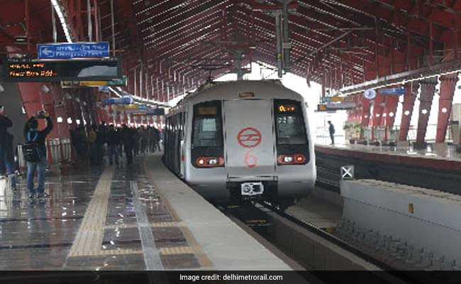 Man Detained For Allegedly Carrying Pistol In Delhi Metro
