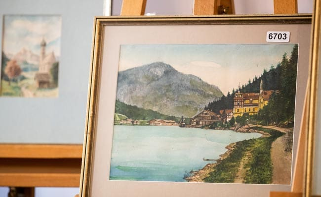Alleged Hitler Watercolors Go Unsold at German Auction