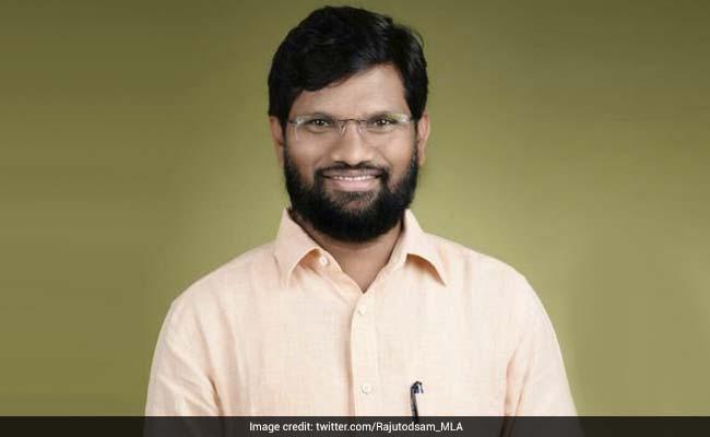 BJP विधायक के जन्मदिन पर पत्नी और गर्लफ्रेंड का हुआ आमना-सामना, सरेआम हुआ बवाल, पुलिस को करना पड़ा दखल