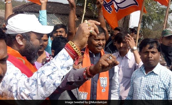 पश्चिम बंगाल में सभा करने की अनुमति नहीं मिलने पर लौट आये BJP नेता अर्जुन मुंडा