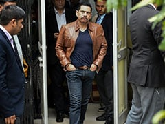Robert Vadra Gives Style, Health Tips to Probe Officials On Social Media