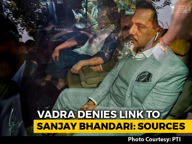Video : Robert Vadra Grilled For 5 Hours, Denies Owning London Houses: Sources