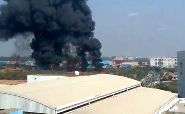 बेंगलुरु में मिराज 2000 फाइटर जेट क्रैश, 2 पायलट की मौत