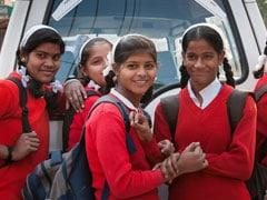 Valentine's Day पर ये स्कूल बच्चों को दिला रहा है शपथ - नहीं करनी Love Marriage