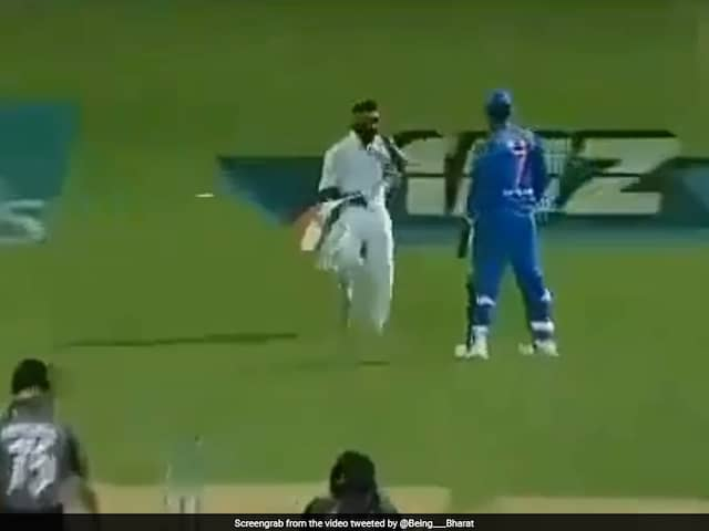 MS Dhonis Patriotic Gesture During India vs New Zealand 3rd T20I Sends Twitter Into A Frenzy