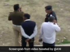 दिल्ली में अक्षरधाम मंदिर के पास लुटेरों ने पुलिस पर की फायरिंग