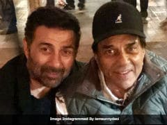 This Pic Of Dharmendra And Son Sunny Deol Is A Big Hit With The Internet