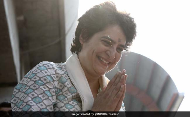 प्रियंका गांधी ने दिया कर्मचारियों को आश्वासन- कांग्रेस की सरकार बनी तो मिलेगी पुरानी पेंशन