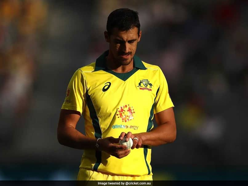 """England vs Australia: Australia Players """"Cant Use Sweat"""" From Certain Body Parts To Shine Ball, Says Mitchell Starc"""
