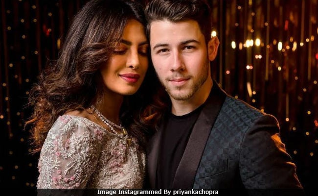 'Old School' Priyanka Chopra Tells Jimmy Fallon Why She Had No Problem Adding Jonas To Her Name