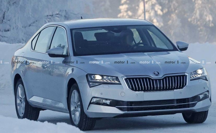 The changes on the 2019 Skoda Superb are barely noticeable.