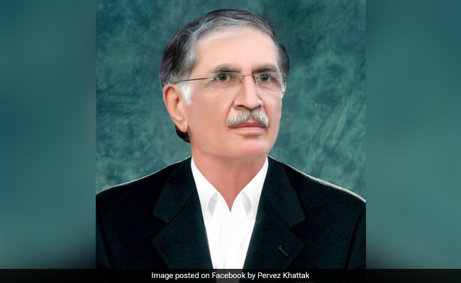 'It Was Dark': Pakistan Minister Trolled On Twitter After Explaining Air Force Role