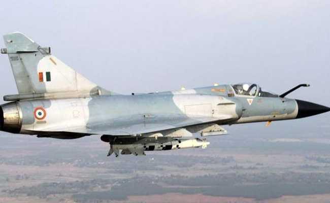 IAF ने जैश के आतंकी कैंपों को ध्वस्त करने के लिए लेजर गाइडेड बम का किया इस्तेमाल