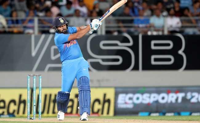 IND vs NZ: रोहित शर्मा ने तोड़ डाला विराट कोहली और एमएस धोनी का रिकॉर्ड, किए ये 5 कारनामें