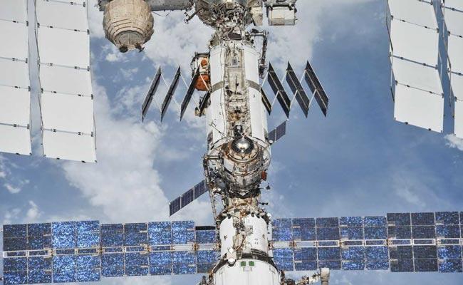 अंतरराष्ट्रीय अंतरिक्ष केंद्र में पाए गए Bacteria, अंतरिक्ष यात्रियों के लिए बताया खतरे की घंटी