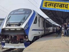 रेलवे की नई लग्जरी ट्रेन 'टी-18' पर ट्रायल के दौरान बदमाशों ने फिर पथराव किया