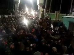 At Minus 17 Degrees, Thousands Spent Night On Roads In Kargil In Protest