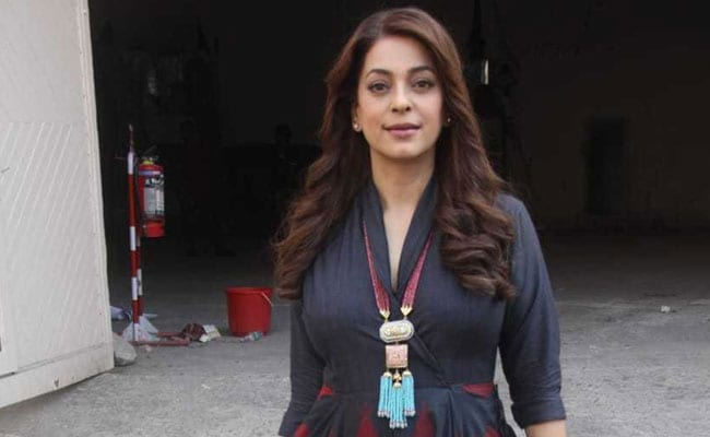 Juhi Chawla Nailed A Very Simple Fusion Outfit. Get Her Look In 5 Pieces