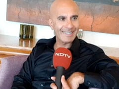 """""""Use Tech As Servant, Don't Let It Be Your God"""": Author Robin Sharma"""