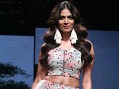 Lakme Fashion Week Summer Resort 2019: Decoding Malavika Mohanan's Voluminous Curl Hairstyle